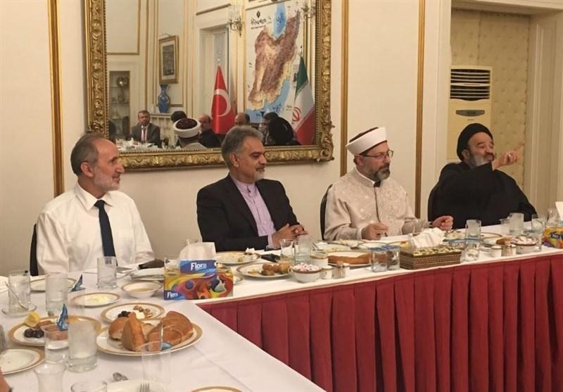 حضور رئیس سازمان دیانت ترکیه در سفارت ایران
