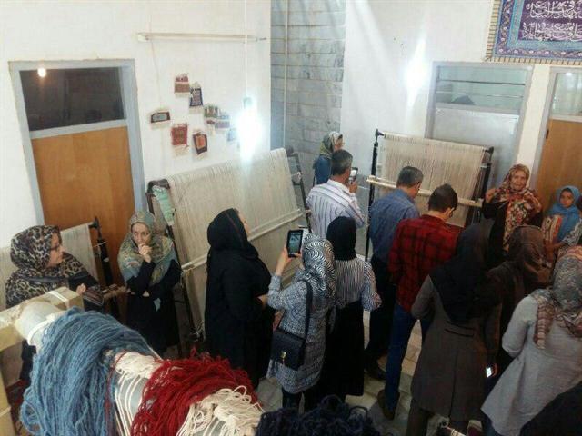 طرح بازدید از کارگاه های صنایع دستی در گلپایگان برگزار می گردد