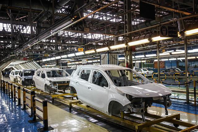 رشد 28 و 30 درصدی فراوری خودرو و محصولات پتروشیمی